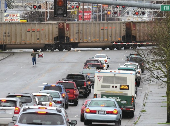 Coal Train Traffic in Mt. Vernon, WA